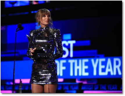 Taylor Swift wins Artist-of-the-Year at 2018 AMAs Microsoft theater in LA (9 Oct 2018)