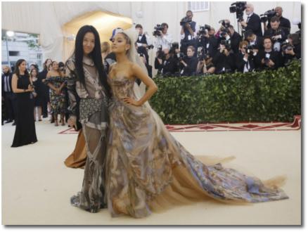 Vera Wang and Ariana at the Met Gala (7 May 2018)